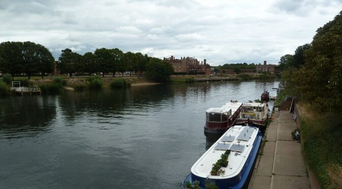Hampton Court to Fullwell